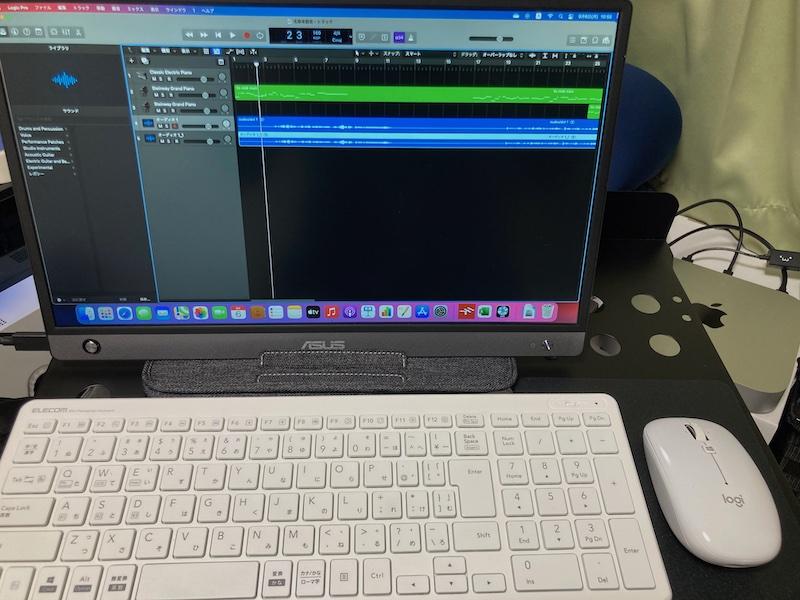 Mac miniとモバイルディスプレイ
